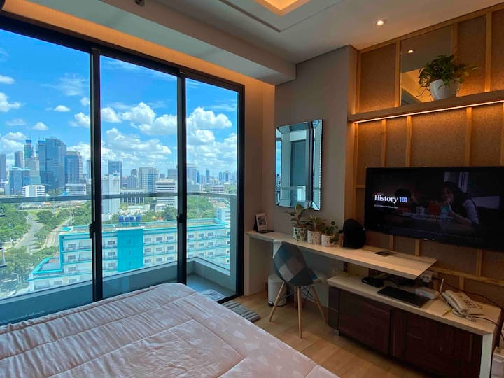 Luxorious new apartement in the central of Jakarta