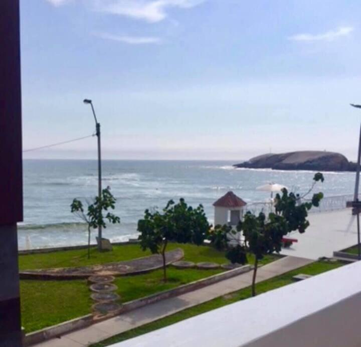 Dpto FRENTE AL Mar en PUNTA HERMOSA - playa blanca