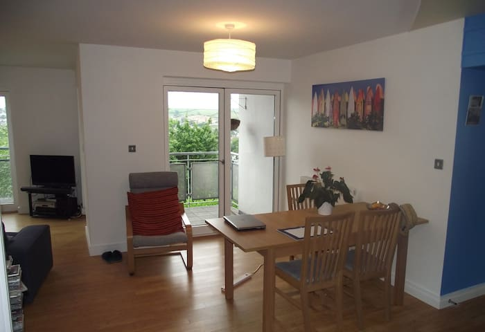 2Bed Apartment in Centre of Totnes