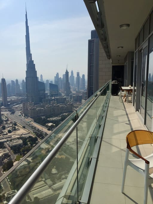 18 metre long balcony with perfect downtown views