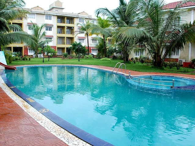 2BHK/2Bath/2Balc Nr Candolim Beach AC Holiday Home