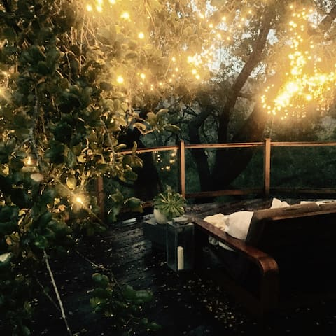 Beautiful Romantic Hide Away at White Rose House - Topanga - Casa