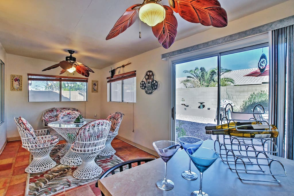 Situated in a quiet, friendly neighborhood, this 1,650-square-foot home is the perfect place for 6 guests to call home.