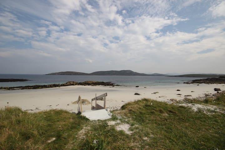 Beach House Cleggan - Galway - Huis