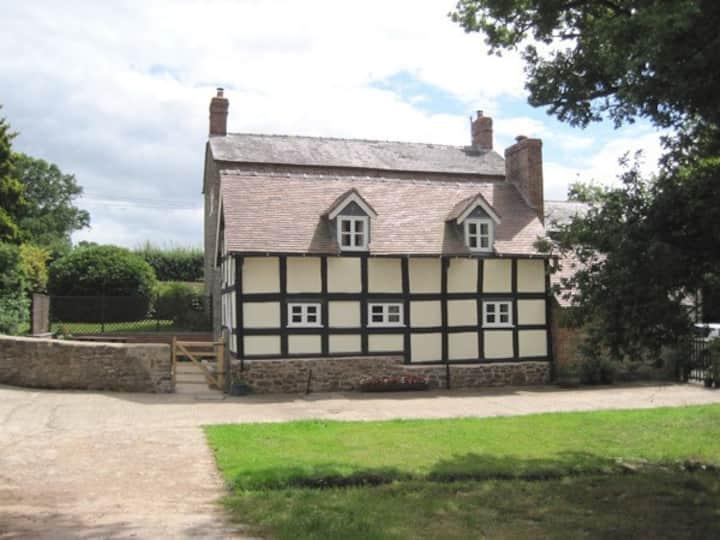 Attractive rural cottage near Ludlow.