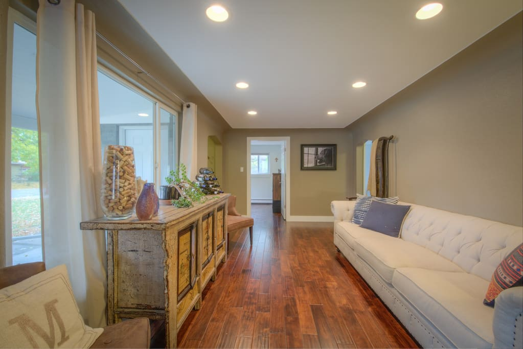 Gorgeous modern home near highlands downtown houses for The family room wheat ridge