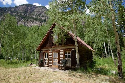 The Clayton Cabin @Crystal Mountain Ranch
