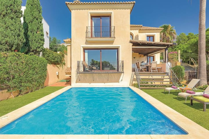 Villa, close to beach and port