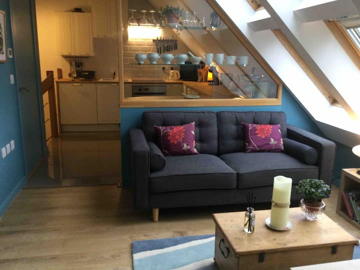 Stylish self-contained flat in rural mid Dorset