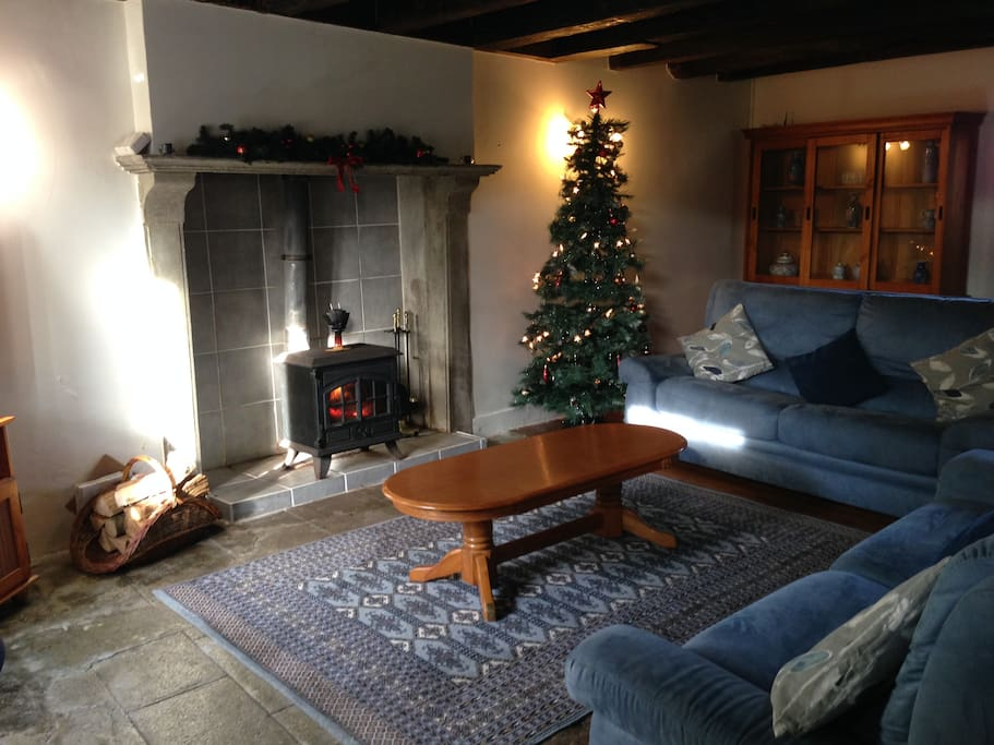 Bluebell Cottage at Christmas..