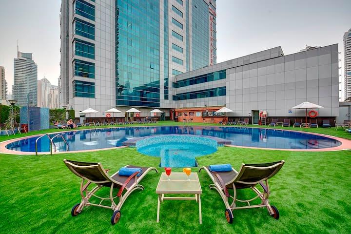 Fancy Studio in Marina Hotel Apartment