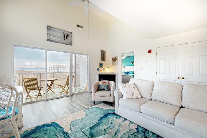 Bethany Bay Golf Resort, 4 bedroom condo with unobstructed bay views