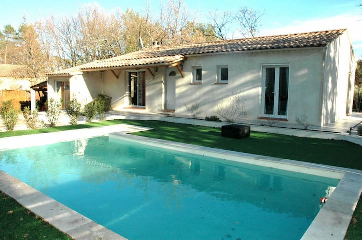 VILLA A LA CAMPAGNE AVEC PISCINE PRIVEE - Le Val - House