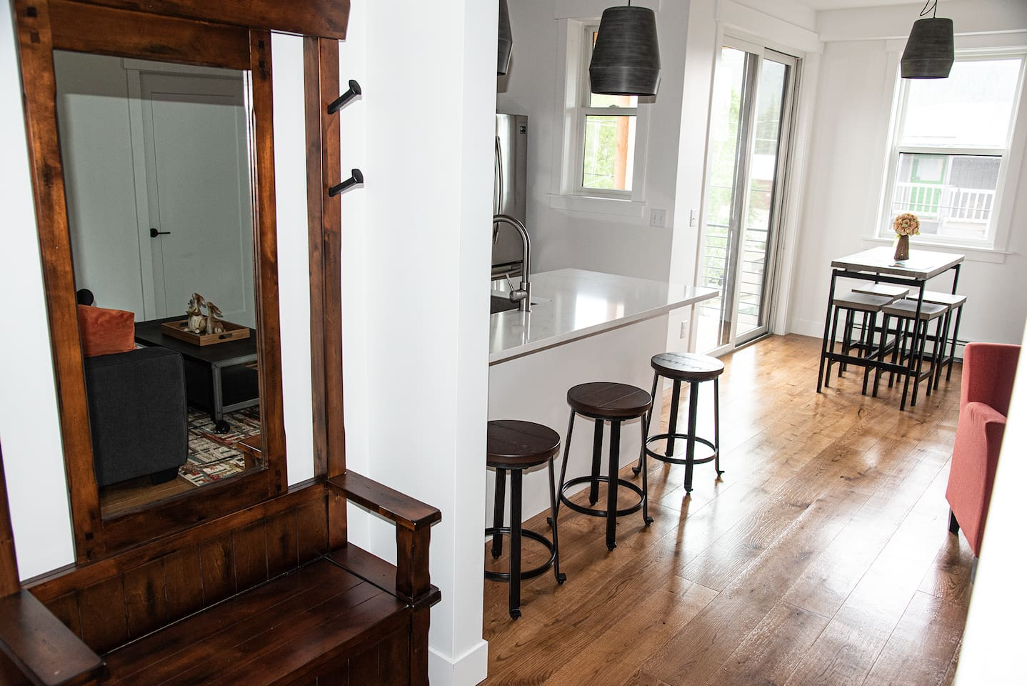 The view as you enter.    The open floor plan lends itself to conversations where everybody can be included.
