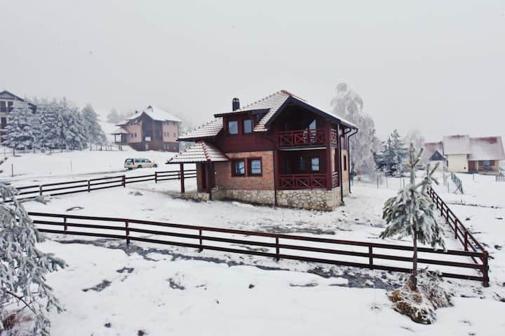 Ski House Tornik Zlatibor