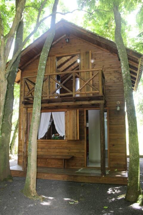 Pousada 01 - Cabana - Camping Poço do Caixão