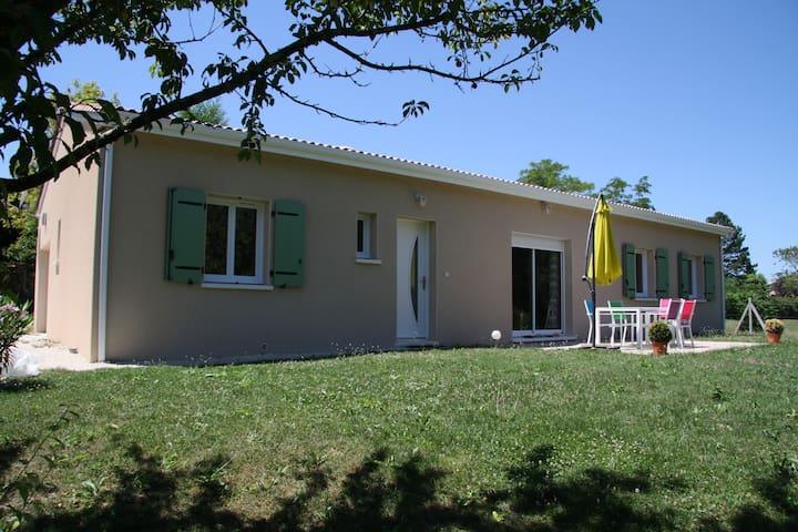 Agréable maison pour moments de détente - Castelculier - Huis
