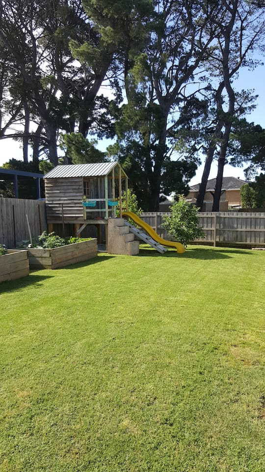 Enjoy the spacious yard with a game of cricket or the cubby and sandpit for the kids.