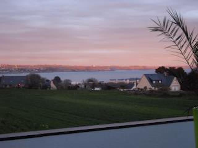 Maison moderne vue sur mer - Plougonvelin - House