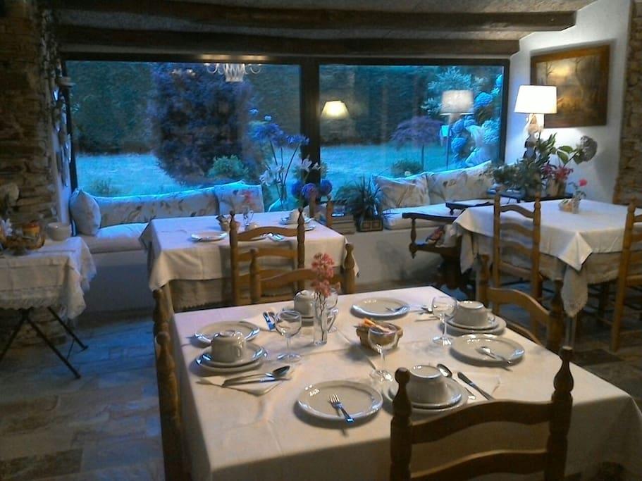 Hotel con encanto en ribadeo bed and breakfasts en - Hotel con encanto galicia ...