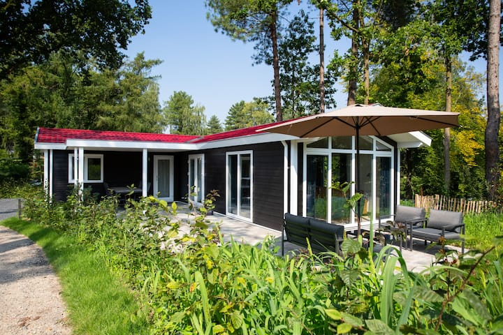 Luxe 6 persoons woning! - Brons Chalet 141