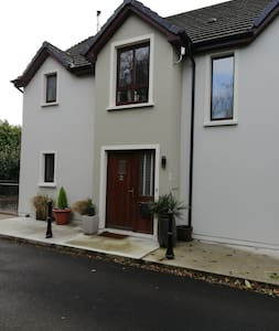 18,Grove lodge,Killorglin
