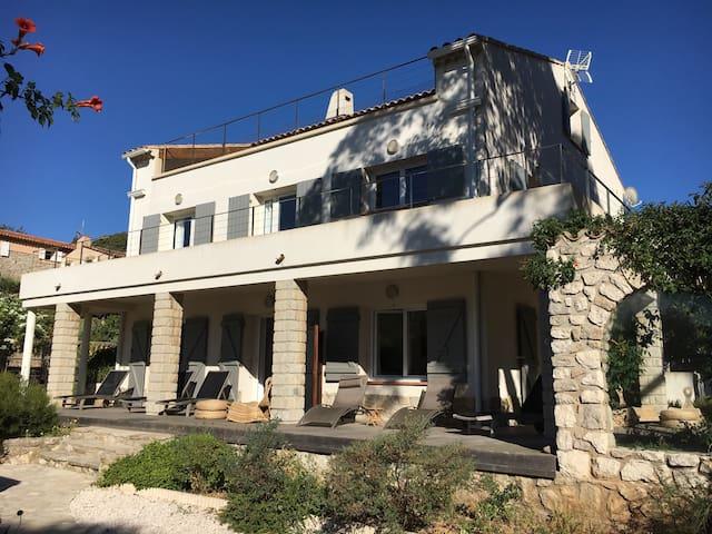 Superbe maison de vacances 20 pers - Le pradet  - Casa
