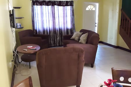 Exclusive Long.Mt. Townhouse in a gated community.