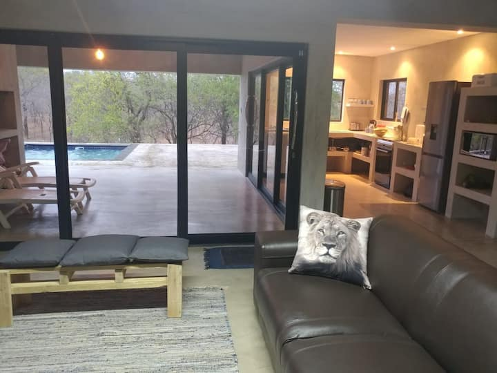 Lionsview Private Lodge