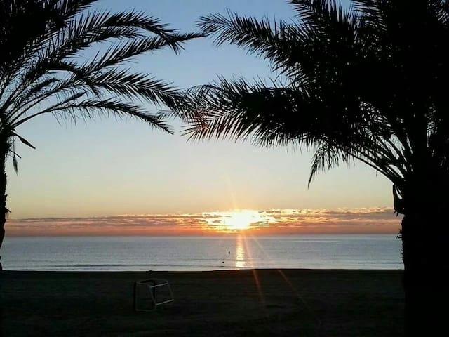 Playa SAN JUAN. HABITACION. - El Campello - Bed & Breakfast