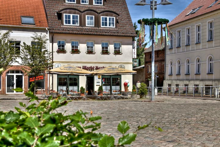 Hotel am Markt Altentreptow