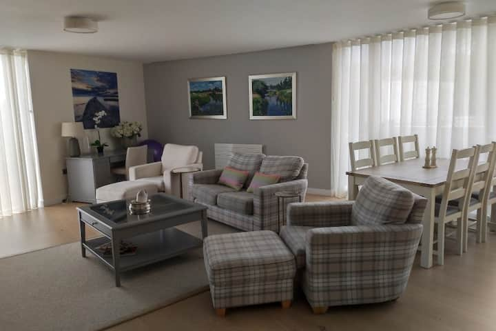 Stunning Luxury Apartment - St Andrews Town Centre