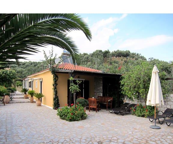 ESTIA  Holiday - klidná dovolená 2 - Mavrovouni - House