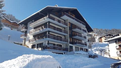 Studio  en suisse lieu La Tzoumaz