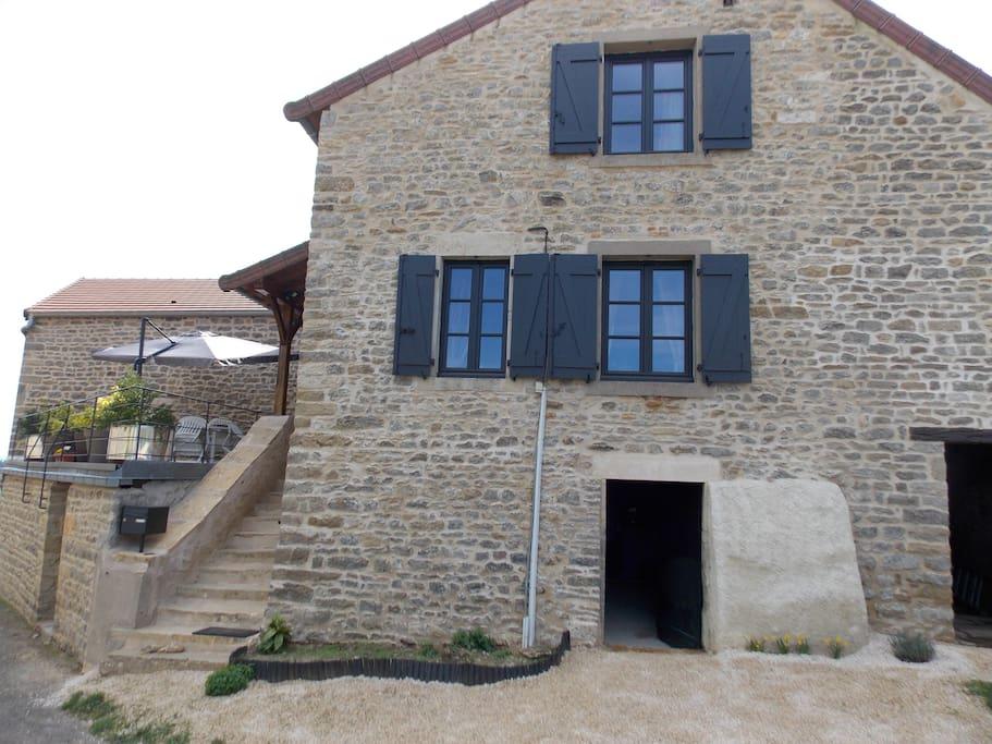 Petite maison bourguignonne en saone et loire maisons for Constructeur maison saone et loire