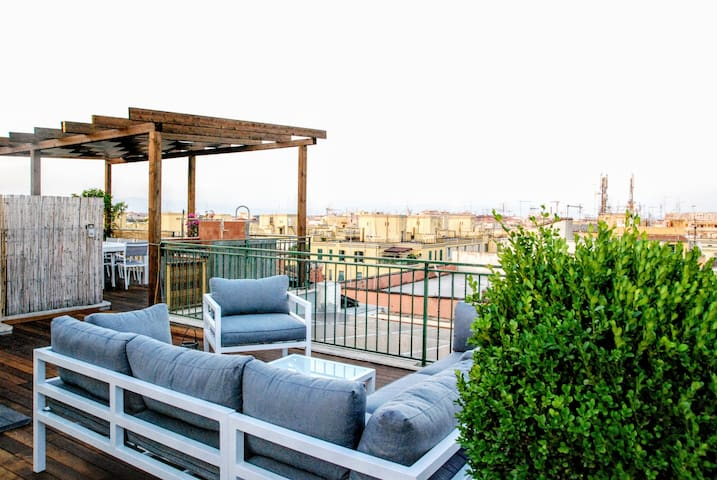 A terrific Terrace Penthouse with Hot Tub