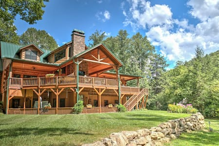 The Lodge at River Run - Banner Elk - Bed & Breakfast