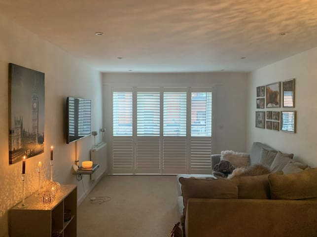 Gorgeous home from home near Sutton