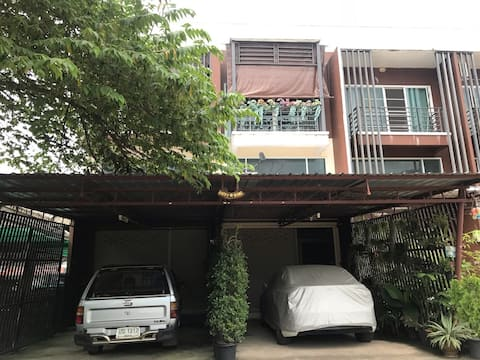 Apartment Chiang Rai 3 stories up to 5 people