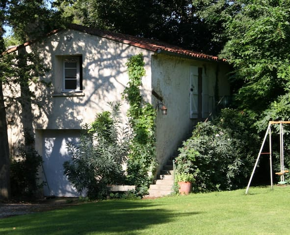 Charming cottage in the city of Montpellier