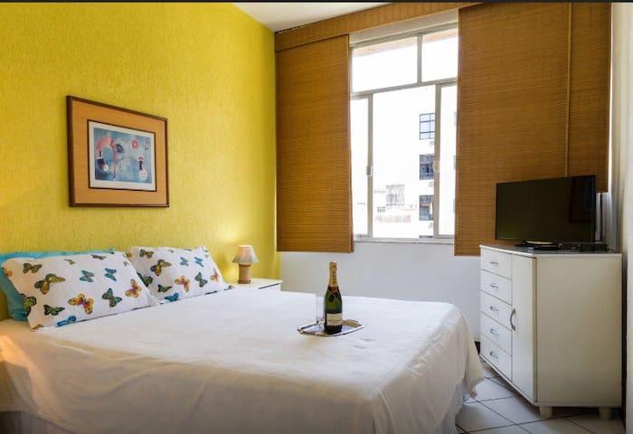 Apartamento Temporada IPANEMA, SALA E QUARTO.619