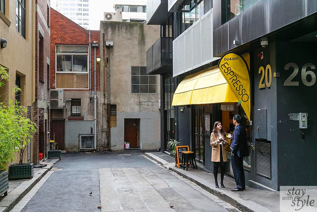 Coromandel Place coffee shop, direct access to Bourke Street