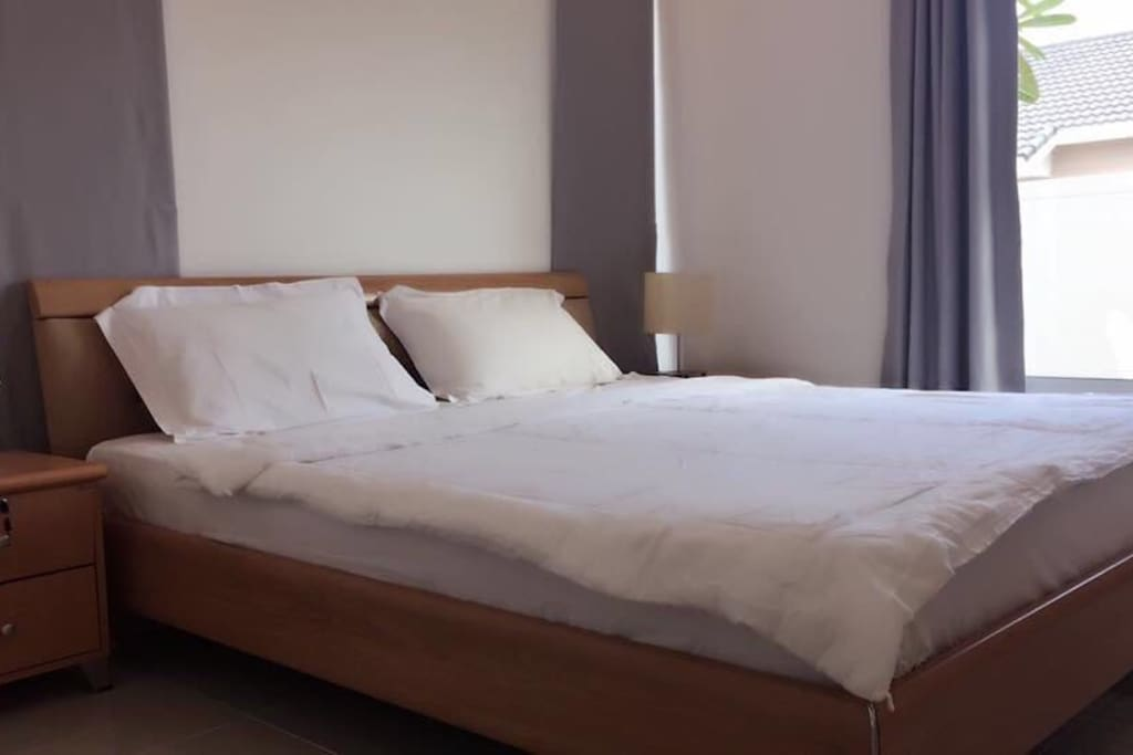 Cozy, well furnished bedrooms with hotel quality bed linen and towels