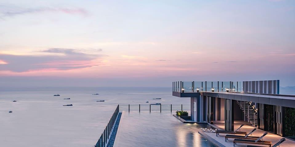 泰乐美 Pattaya The Base condo high FL nice seaview