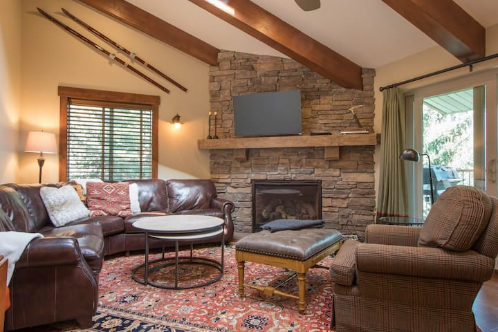 Luxurious & New -Free Vail Shuttle - Avon - Apartment