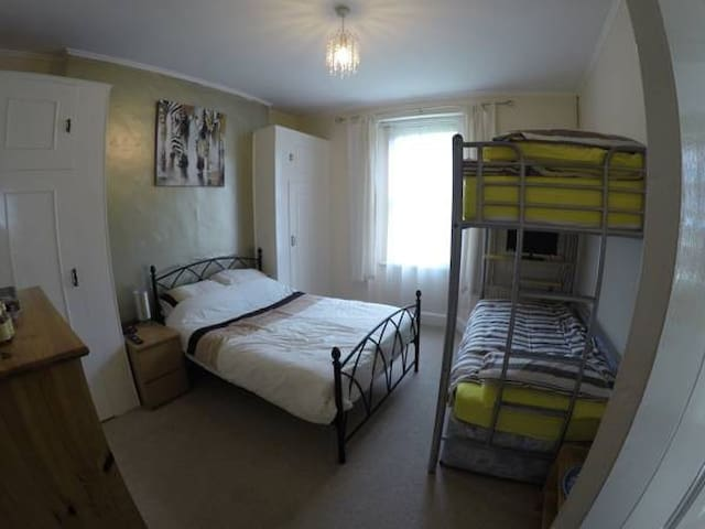 Private room in Yeovil