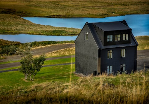 Luxury Farmhouse - Natural geothermal hot spring