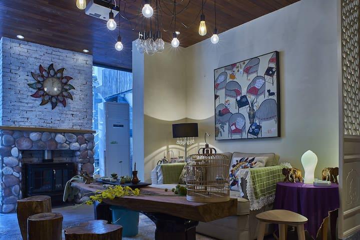 麓墅A04-您远方的家 近地铁二号线,临麓山风景区的特色民宿精品酒店 - Changsha - Villa