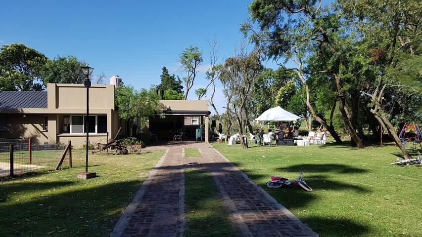Amplia y Moderna Casa de Fin de Semana