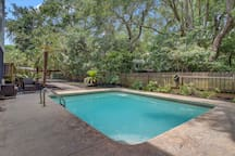 Private Pool, 7 33rd